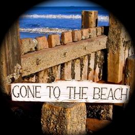 Weathered-gone-to-the-beach-sign